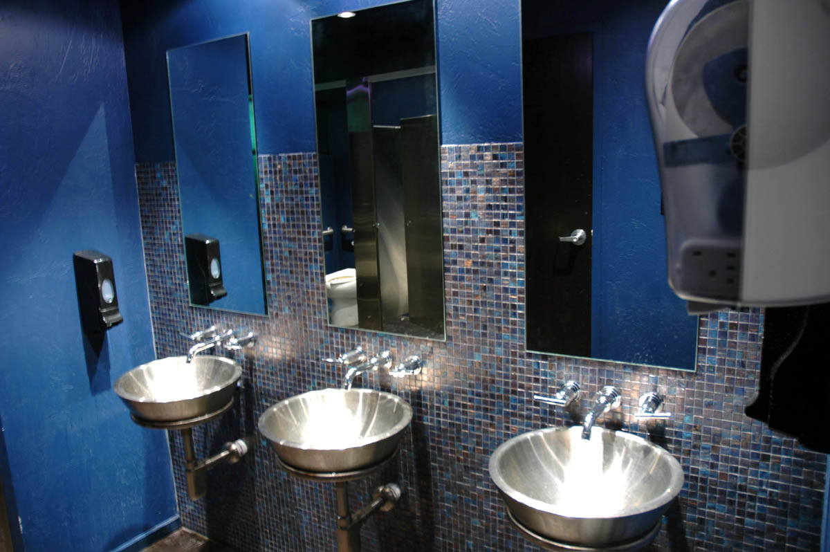 Projects jacobs general contracting for Bathroom remodel 8x5
